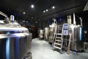 Cask-and-Larder-Microbrewery