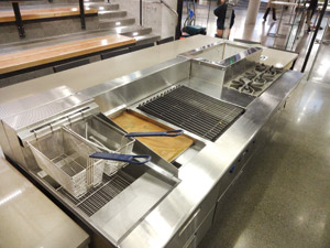 Chefs-Table---Demo-Kitchen