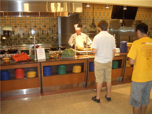 At the international station, induction cooktops and heated shelves allow chefs to maintain quality and menu diversity.
