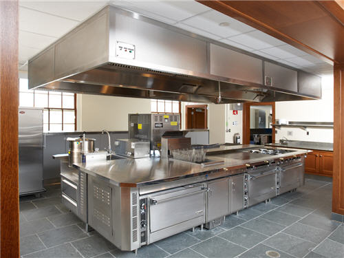 "A cooking suite on the second floor supports staff preparation of a full breakfast, lunch and dinner items. ""The beauty of the platforms is they are processed based,\"" Condenzio says. \""Therefore, any ethnic-based menu or regional cuisine can be prepared here.\"""