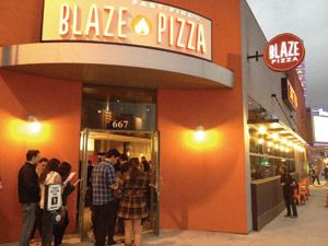 Blaze Pizza Exterior in Pasadena