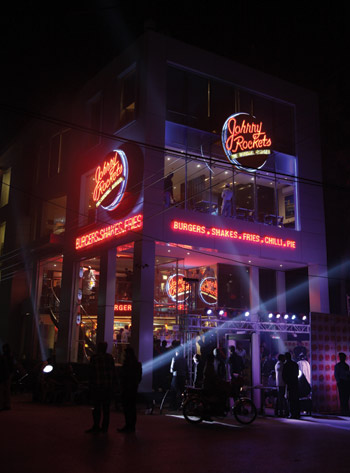 Johnny-Rockets-Exterior-Pakistan