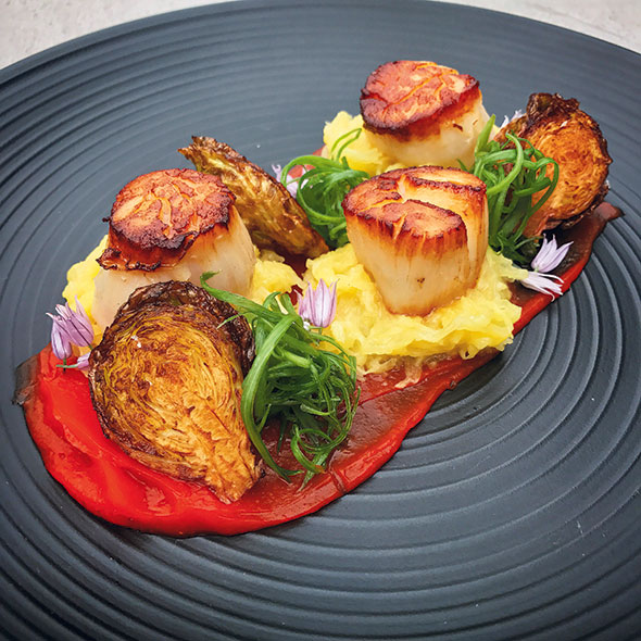 Presentation ASMI Chef Drew Johnson Kincaids Kodiak Scallops image